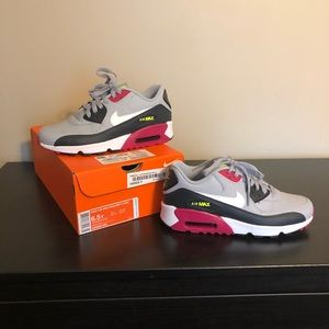 Nike air max women's size 8.5/ kids 6.5